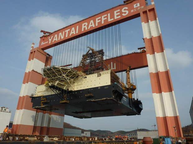 Поднять 20000 тонн? Легко! Топ-5 самых больших кранов в мире.