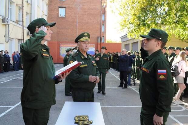 Реформирование военных кафедр в ВУЗах: правительство предложило отменить военные кафедры