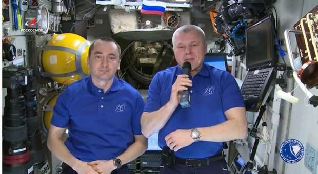 Жителей Симферополя поздравили с Днём города космонавты с МКС