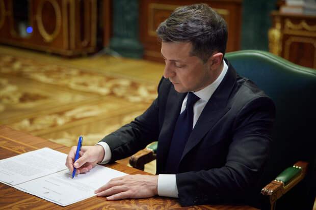 Зеленский пообещал провести референдум по Донбассу