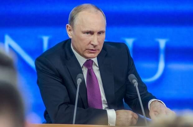 Путин открыл мемориал Александру Невскому на берегу Чудского озера