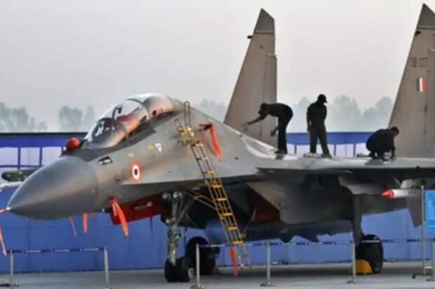 Раскрыты подробности боя индийских Су-30 с пакистанскими F-16