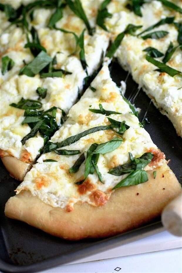 начинка для пиццы с колбасой и помидорами