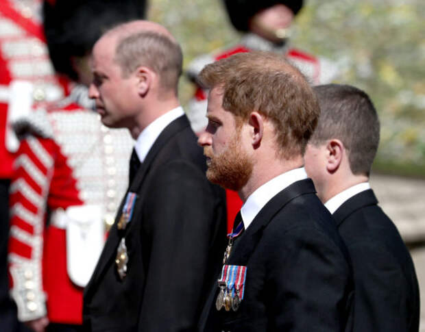 В Великобритании прошли похороны принца Филиппа...