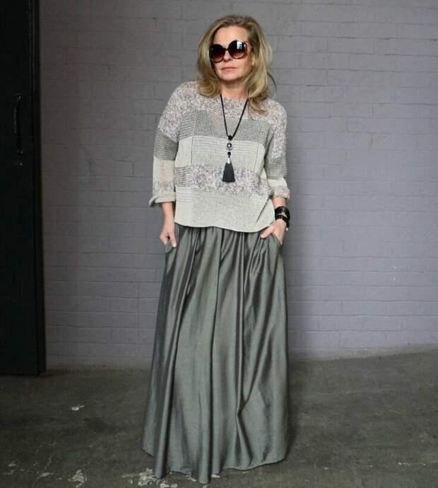 Примеры прекрасны воздушных юбок макси для женщин 50+