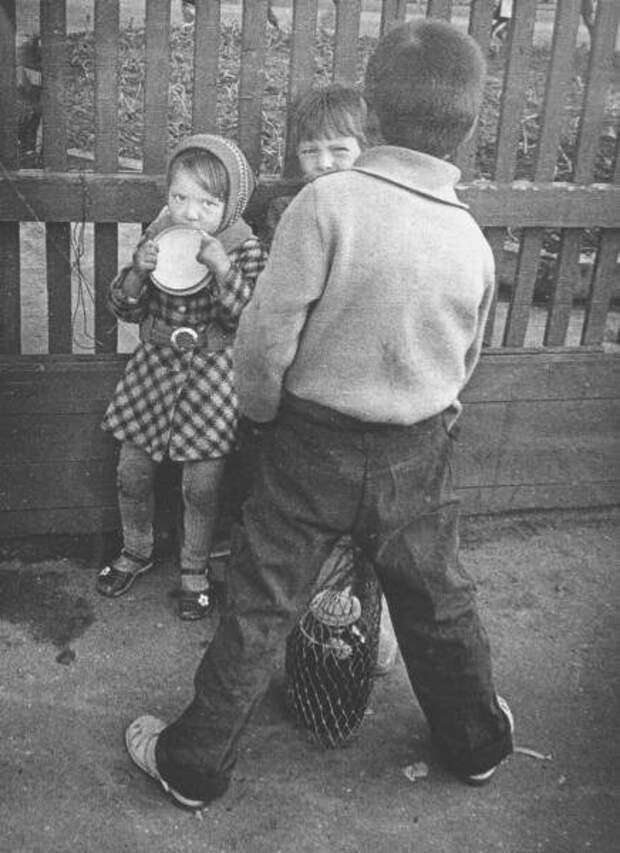 Взгляд. Сергей Зиновьев, 1985 год, Коми АССР, г. Сыктывкар, из архива МАММ/МДФ.