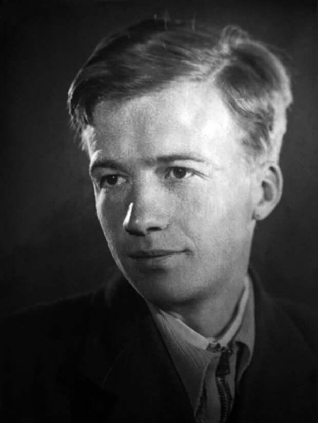 Игнорировал любимую до 60 лет: личная жизнь Алексея Консовского