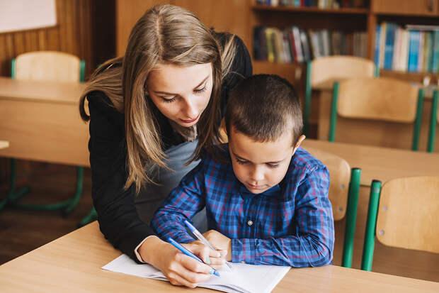 Эксперты определили причину потери мотивации к учебе у детей