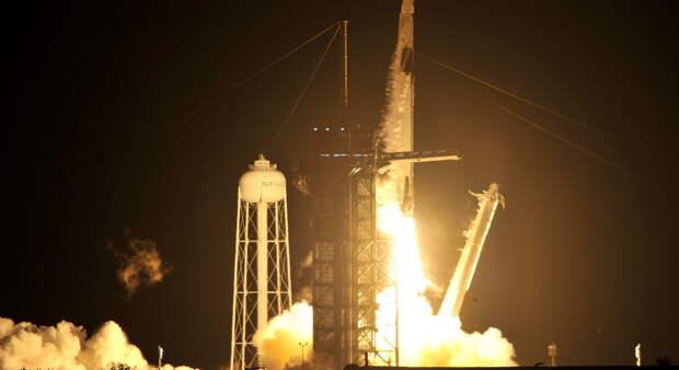 США выбрали Илона Маска для доставки астронавтов на Луну