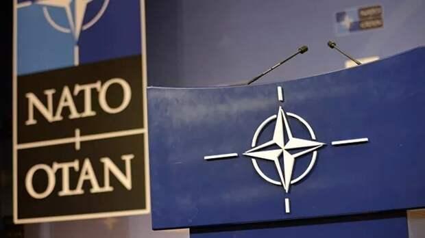 НАТО просит Россию исключить США и Чехию из списка недружественных стран