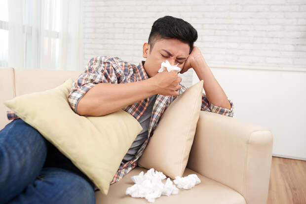 Китайский медик рекомендовал лечить заложенность носа дверным ключом
