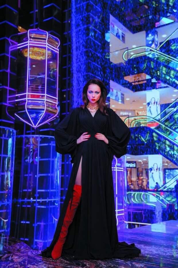 Мирослава Карпович, Алсу и Настасья Самбурская показали «Русский Силуэт»