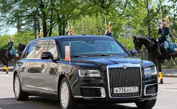 Японцы щедро оценили в Сети «бронетранспортер» Путина Aurus Senat