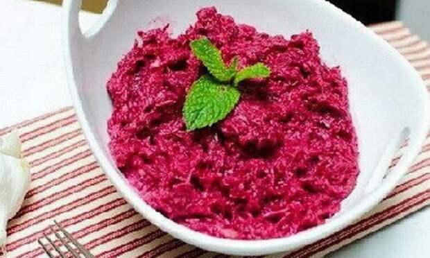 Отменный салатик для похудения с тунцом и свеклой