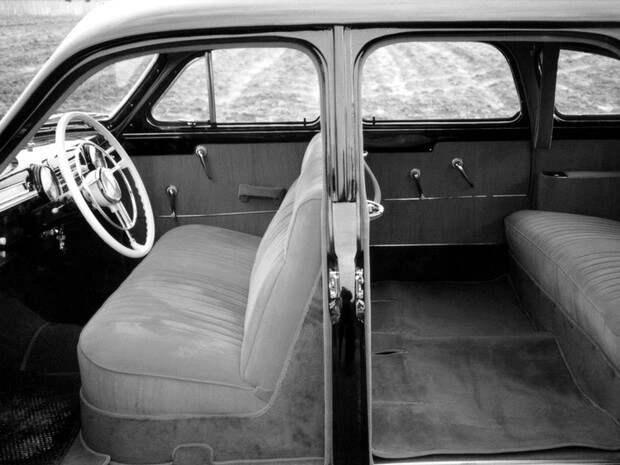 «Подороге едет ЗИМ…»: советский автомобиль, который неожиданно обогнал время