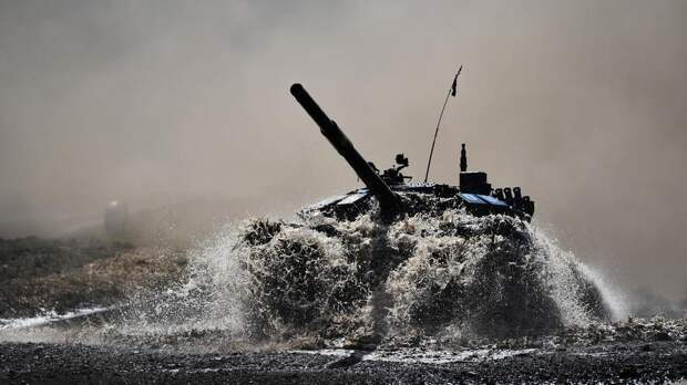 В Челябинской области стартовали соревнования по танковому биатлону