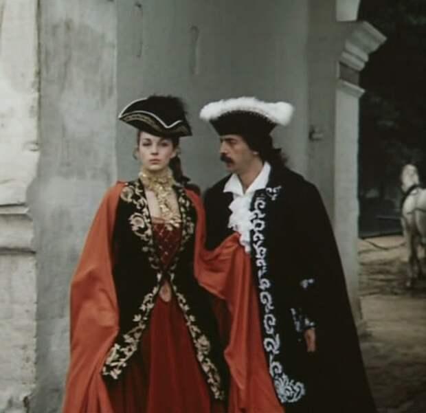 """Кадр из фильма """"Гардемарины, вперёд"""" (1988)"""
