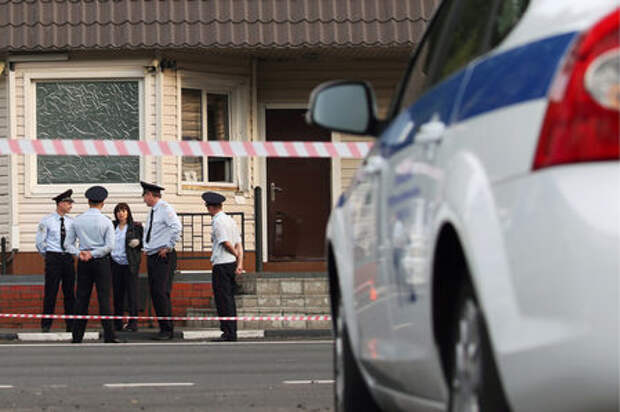 В Подмосковье вооруженные люди напали на пост ДПС