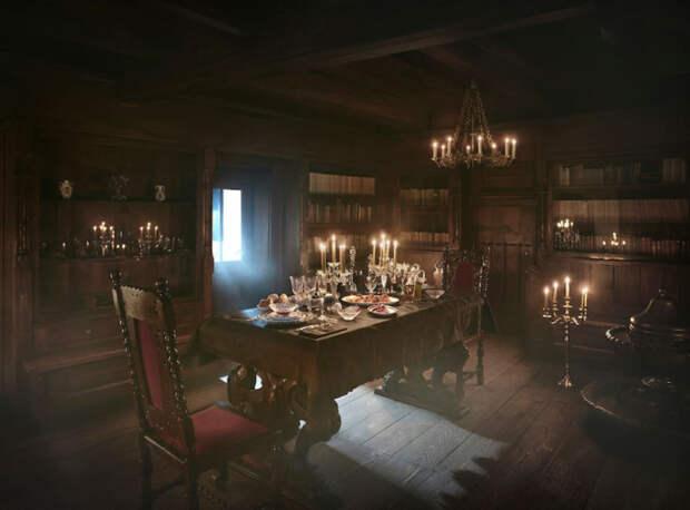 Столовая в замке Дракулы в Румынии.