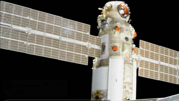 «Наука» успешно пристыковалась к МКС