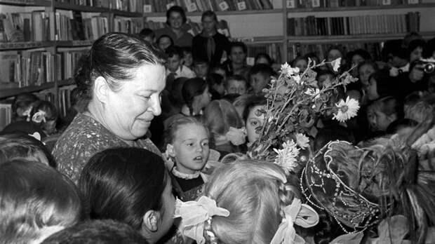 Лучший друг дошколят: почему везло в жизни и творчестве Агнии Барто