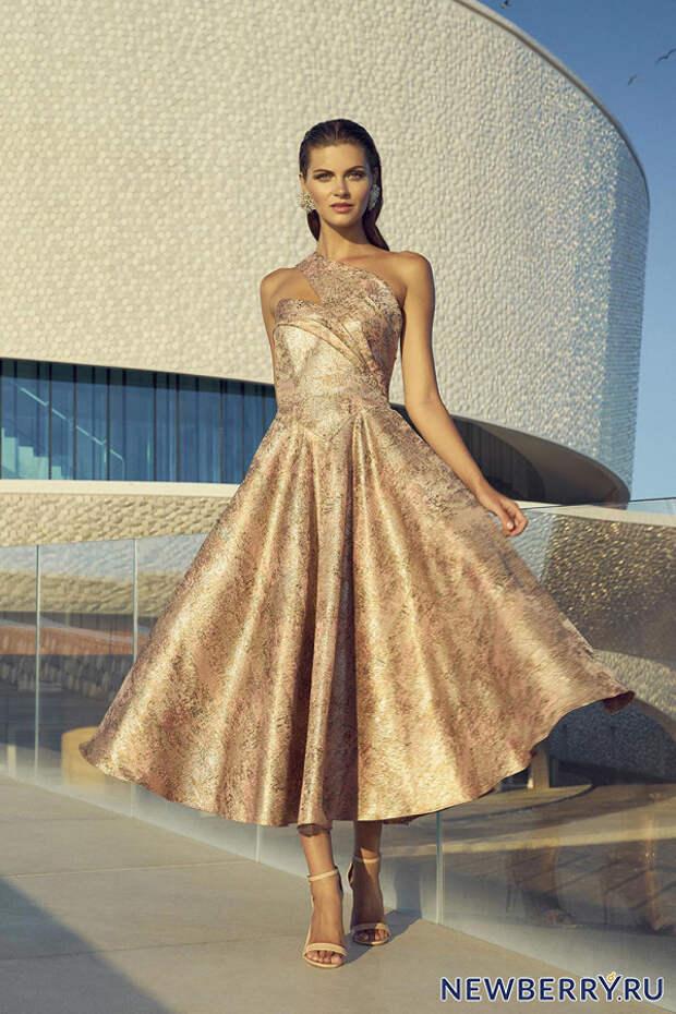 Вечерние платья и костюмы Carla Ruiz 2019