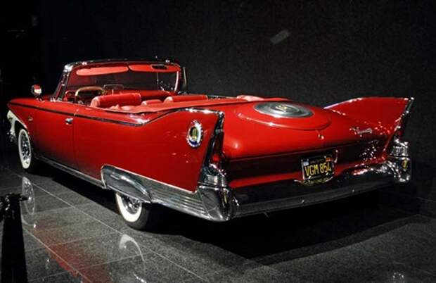 Plymouth_Fury1