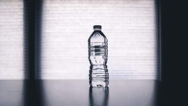 Бутилированную воду могут начать маркировать с марта 2022 года в России