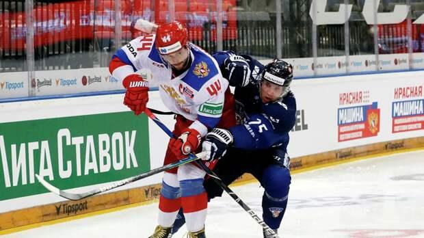 Яковлев пожаловался на лёд на Чешских хоккейных играх