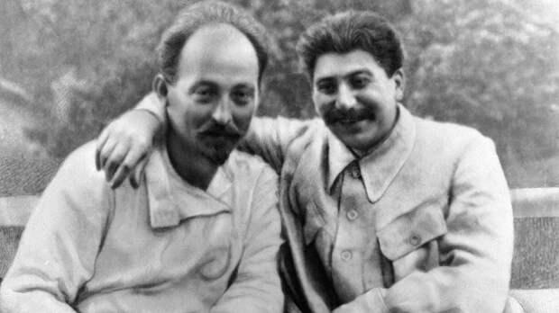 Нужно ли примирять Сталина и Дзержинского с православной Россией?