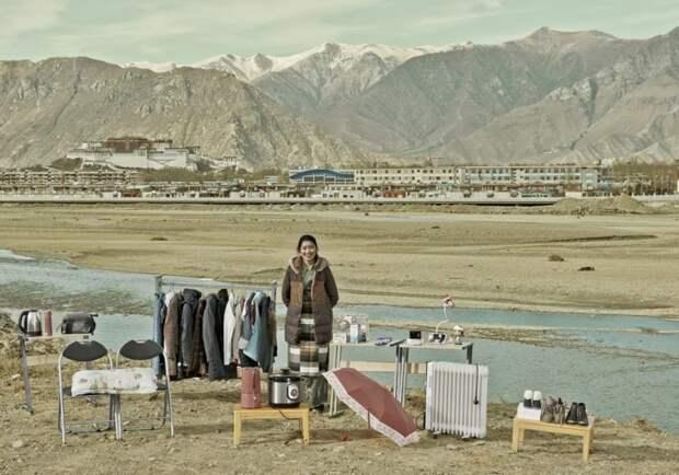 Семейные вещи: необычный фотопроект Хуана Цинцзюня о жизни рядовых китайцев