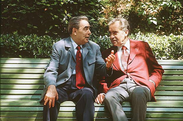 Что хорошего сделал Леонид Ильич Брежнев для советских людей