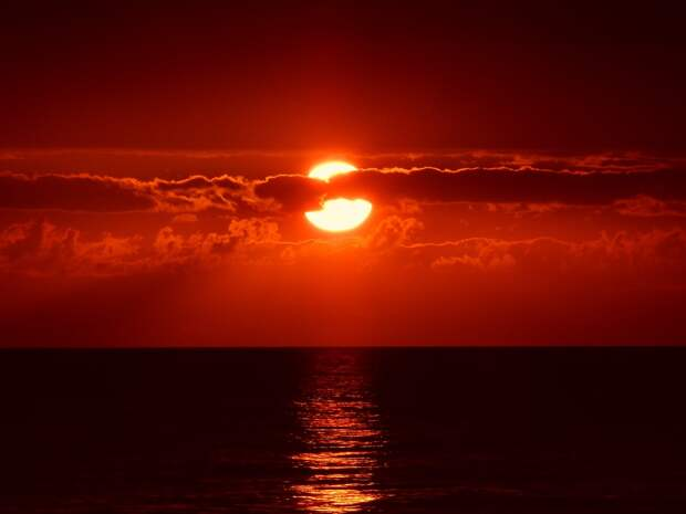 Мощнейшая вспышка произошла на Солнце