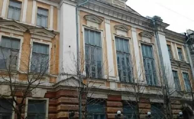 Жители Ростова-на-Дону запустили петицию о сохранении Театра музкомедии