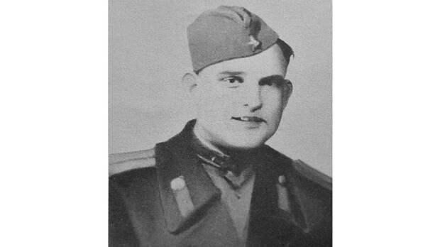 К началу боев на Курской дуге у лейтенанта Леонова был уже солидный боевой счет