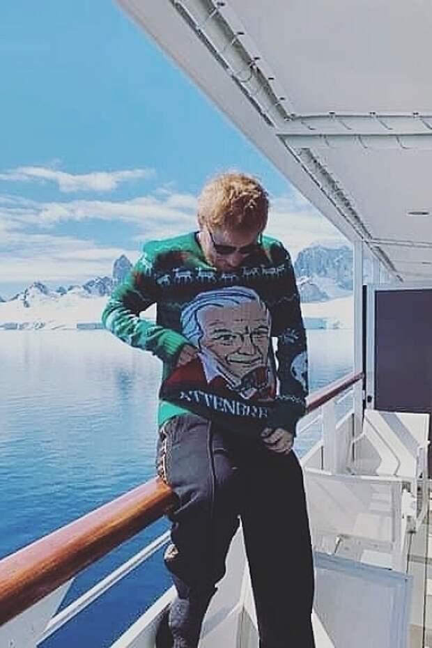 Эд Ширан во время путешествия по Антарктиде