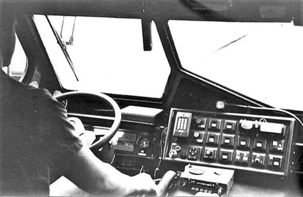 Салон первого советского инкассаторского броневика. /Фото: fishki.net