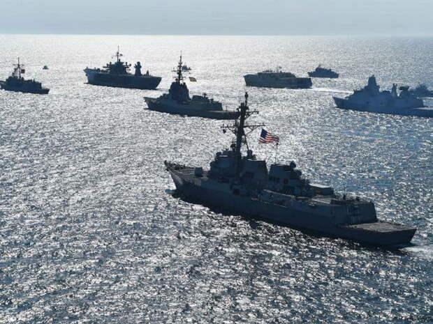 ВМС Украины объявили об отправке к берегам Крыма более 30 военных кораблей