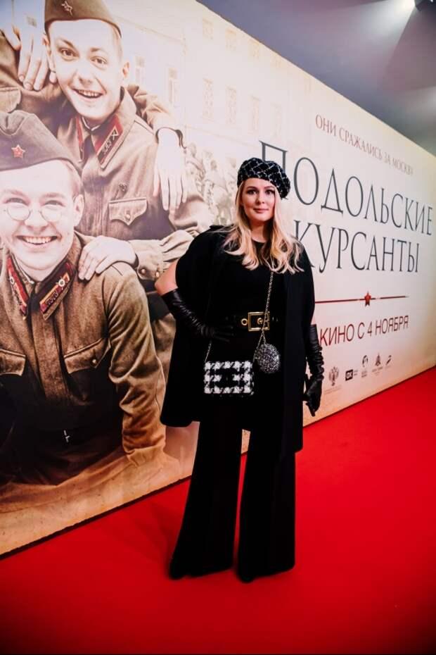 Сергей Безруков, Светлана Иванова и Мария Кожевникова увидели подвиг «Подольских курсантов»