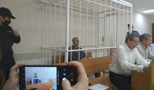 Нестыковки сземлей вделе экс-мэра Пятигорска обсудили назаседании суда