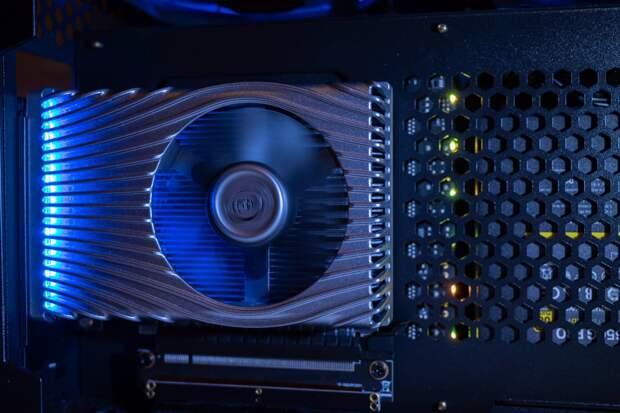 Эксперты раскрыли примерную производительность новейших видеокарт от Intel