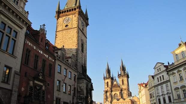 Городской совет Праги намерен отобрать землю у российского посольства