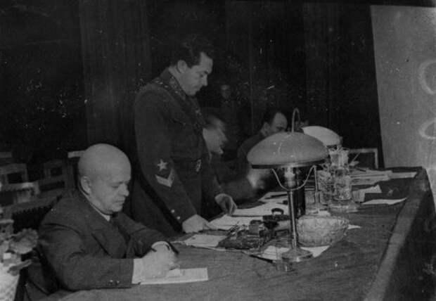 «Подлец и проститутка»: за что Сталин расстрелял военачальника Иону Якира