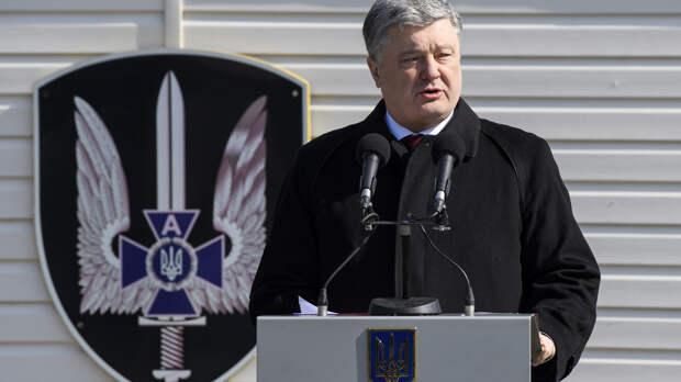 """По стопам Гитлера: Порошенко готовится к """"блицкригу"""" в Донбассе"""
