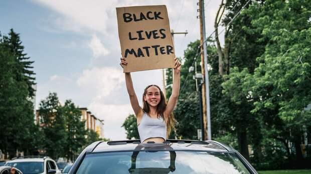 «Слишком много белых». Twitch был раскритикован темнокожими стримерами за видео в поддержку Black Lives Matter