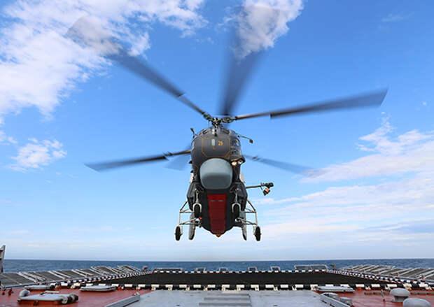 Экипажи корабельных вертолетов морской авиации Балтийского флота выполнили посадки на палубу корвета «Бойкий»