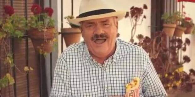 Умер хохочущий человек-мем испанский комик Хуан ХойяБорха