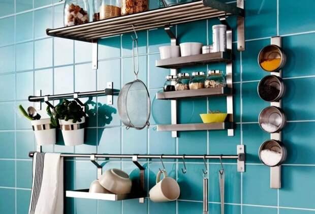 Как сделать полки-секции на кухонный фартук, чтобы освободить больше места
