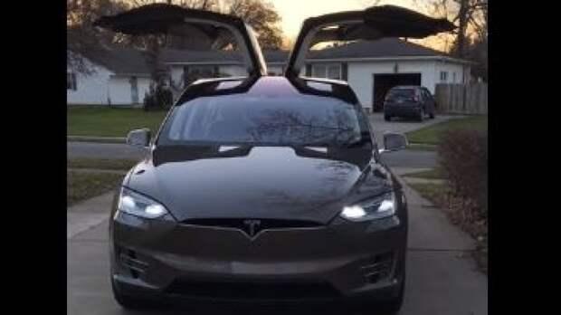 """От """"Победы"""" до Tesla X: названы необычные авто российских министров"""