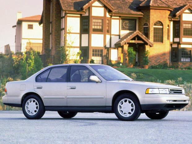 «Возраст — не помеха» Автомобили старше 30 лет, которые все еще не потеряли актуальность